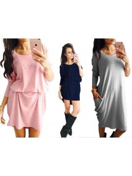 Oversize'owa sukienka z rękawami i kieszeniami