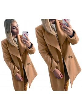 Klasyczny płaszcz z guzikami