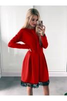 Sukienka z koronkowym wykończeniem L/XL