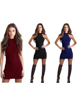 Sukienka dopasowana z odkrytymi ramionami