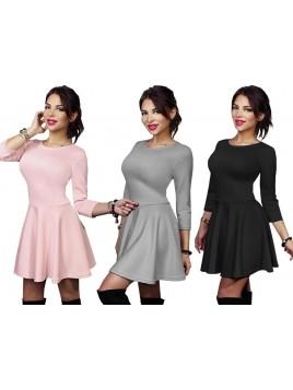 Rozkloszowana mini sukienka szyta z koła