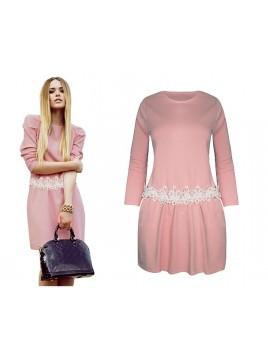 Sukienka z pasem koronkowym