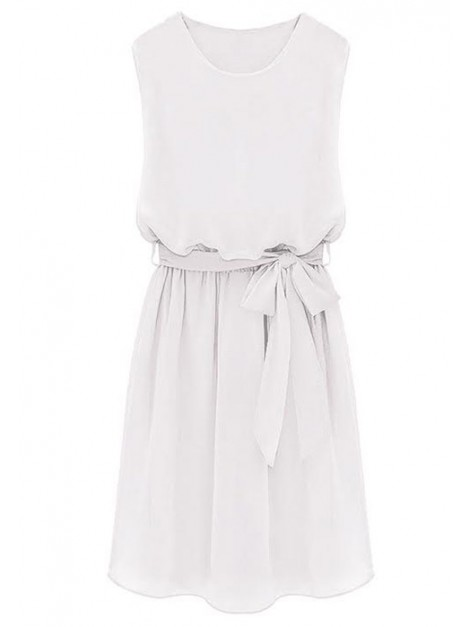 Elegancka sukienka wiązana w pasie