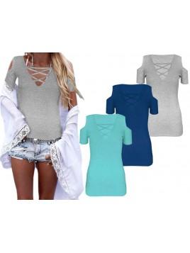 Bluzka z modnymi rozcięciami