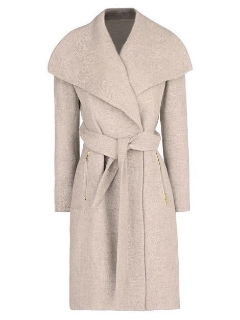 Elegancki flauszowy płaszcz