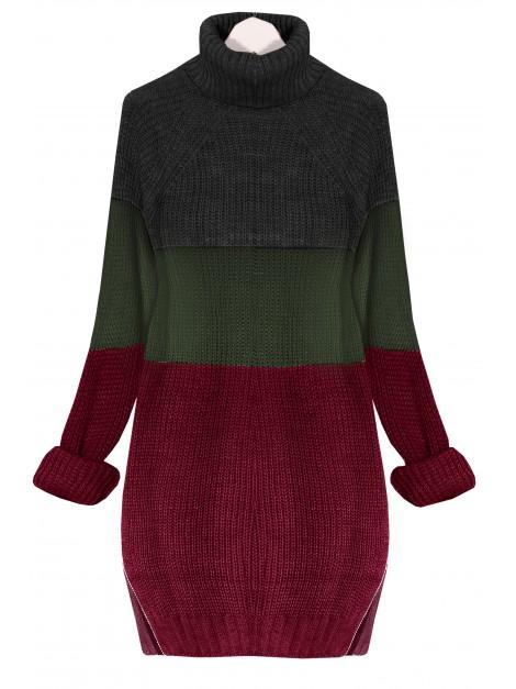 Trójkolorowy sweter z golfem