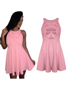 Rozkloszowana sukienka z romantycznym żabotem