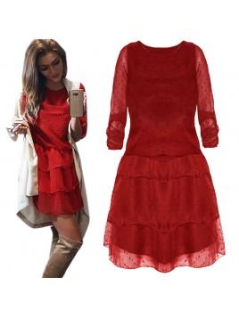 Tiulowa sukienka w groszki