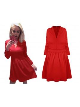 Klasyczna sukienka z dekoltem