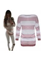 Modny sweterek w różnokolorowe paski