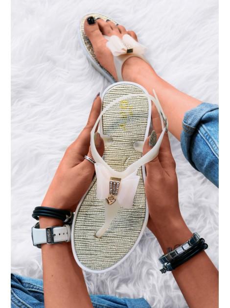 Sandałki z kokardkami nude