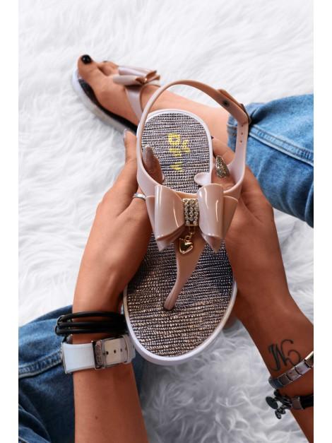 Sandałki z kokardkami beż